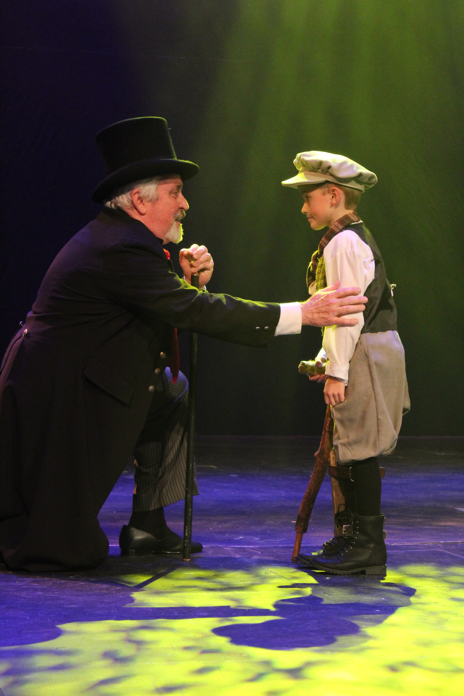 BWW Review: A CHRISTMAS CAROL Shines Bright with Hope at Theatre Baton Rouge