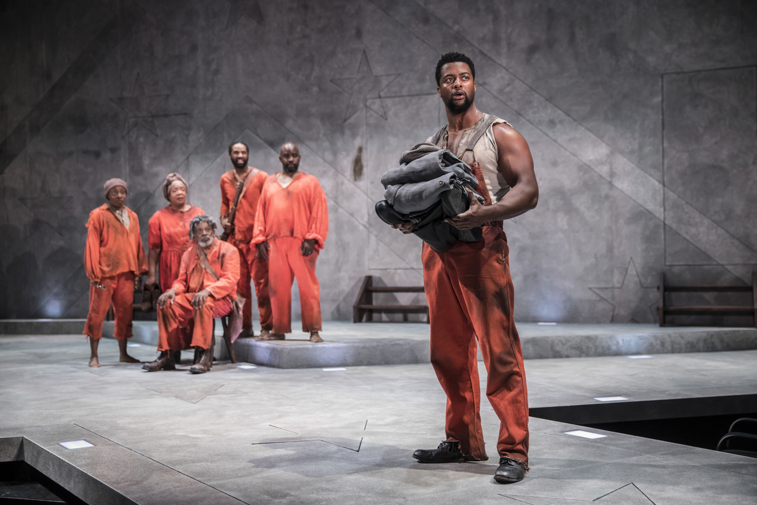 BWW Review: FATHER COMES HOME FROM THE WARS (PARTS 1, 2 & 3) at Goodman Theatre