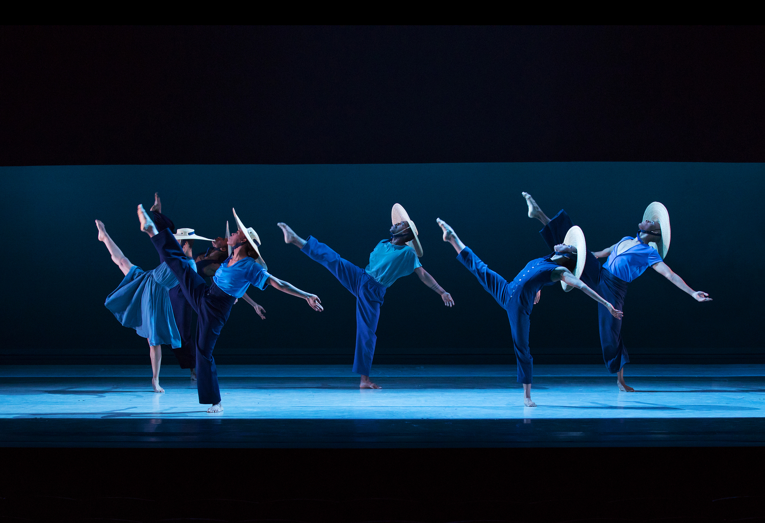 BWW Review: ALVIN AILEY AMERICAN DANCE THEATER SUMMER 2018 ENGAGEMENT IN NEW YORK CITY at Lincoln Center