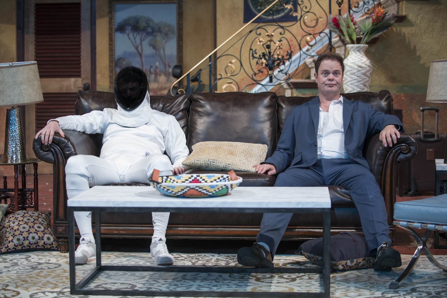 BWW Review: THE DOPPELGÄNGER (AN INTERNATIONAL FARCE) at Steppenwolf Theatre