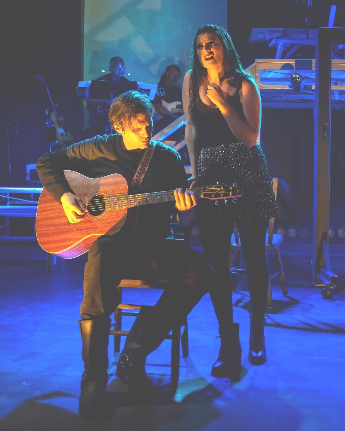 BWW Review: ROOMS: A ROCK ROMANCE Returns to MetroStage with Energy and Enthusiasm