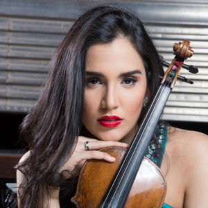 Dominican Violinist Aisha Syed Makes NYC Debut At Carnegie Hall