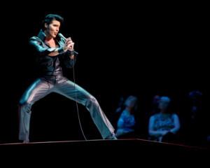 Steve Michaels Arrives to the UK Ahead of Run as Elvis in THIS IS ELVIS   BURBANK AND VEGAS