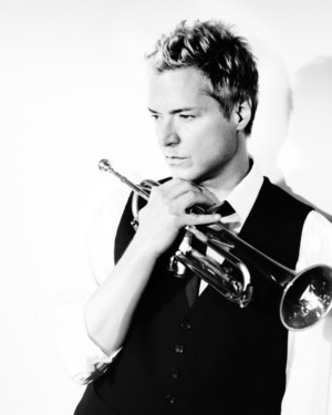 Blue Note Hawaii's 2nd Anniversary Continues With Chris Botti