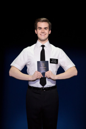 Palace theatre book of mormon
