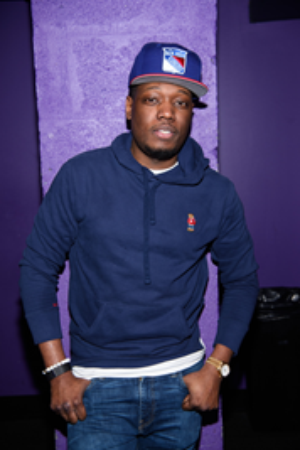 Michael Che Comes to the Paramount Theatre