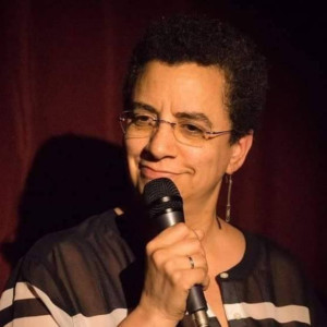 Brooklyn Heights Comedy Nights Come To Vineapple Cafe, Hosted By Shelly Colman