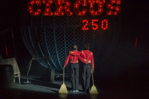 Cirque Berserk Celebrates 250 Years Of Circus At The Belgrade Theatre