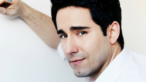 Tony Winner John Lloyd Young Comes to Martinis Above Fourth And Catalina Bar & Grill