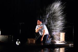Al Rescate De La Memoria Y La Imaginación En Dante Gaspar, Un Hombre En Aguas Peligrosas