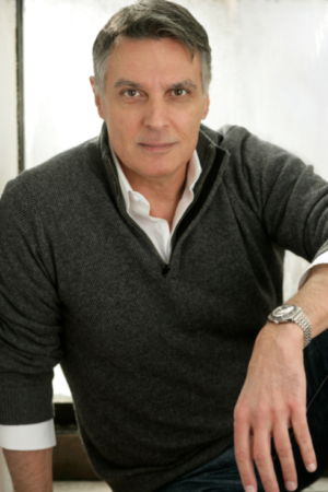 Robert Cuccioli to Star in FUN HOME at White Plains Performing Arts Center