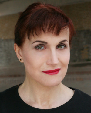 FASCINATING AIDA's Adele Anderson Joins Cast Of DOCTOR DOLITTLE