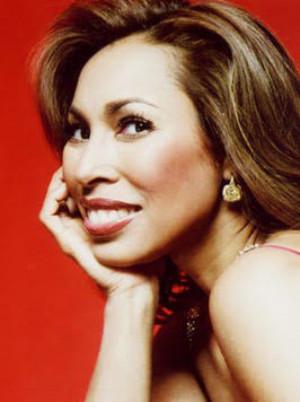 Opera Star Marisol Montalvo Debuts New Show MAD SCENE