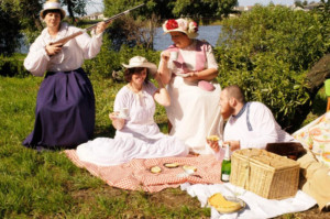 THE CHERRY ORCHARD Comes to The Masque Theatre