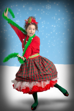FANCY NANCY SPLENDIFEROUS CHRISTMAS Brings Cheer to Artisan Center Theater