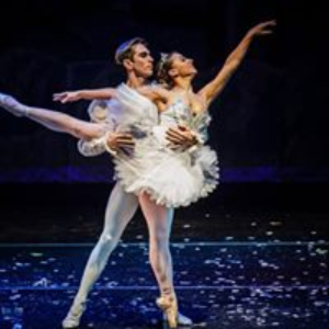 Experience The Magic of THE NUTCRACKER with the Roxey Ballet