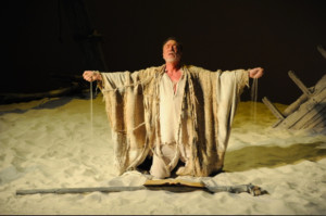 Patrick Page Brings One-Man Show to Prague