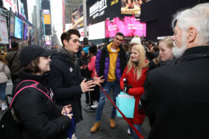 Following Broadway Strike Launch, Actors' Equity Members Take #NotALabRat Campaign To Broadway Audiences