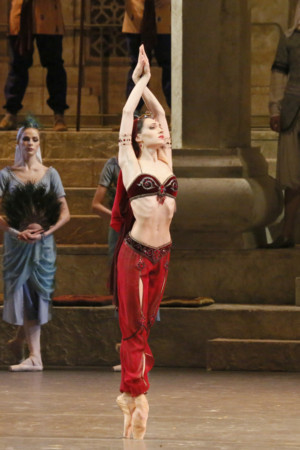 Ridgefield to Screen Bolshoi Ballet's LA BAYADERE