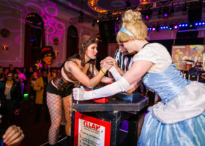 Chicago League Of Lady Arm Wrestlers Feature in CLLAW Flirty-Two