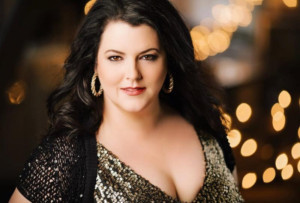 Soprano Rhoslyn Jones To Join San Francisco Conservatory of Music Faculty