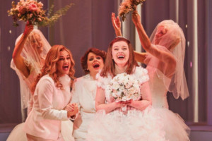 MURIEL'S WEDDING THE MUSICAL And Dress For Success Partnership Announced