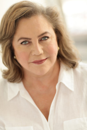 Kathleen Turner to Be Guest Of Honor In Provincetown At Tennessee Williams Festival Gala