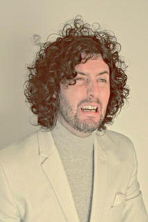 Comedian Matthew Highton Presents Insufficient Memory