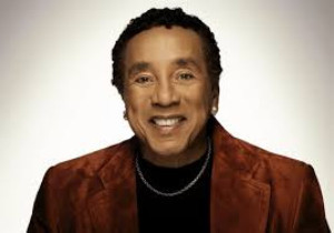 Smokey Robinson Comes to the Fabulous Fox Theatre!