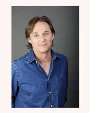 Broadway And TV's Richard Thomas Stars In A MUSICAL CHRISTMAS CAROL