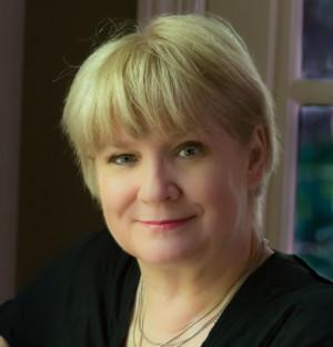 Big Bridge Theatre Consortium Commissions Arlene Hutton As Inaugural Playwright