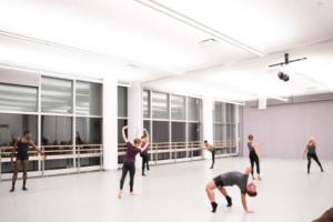 Amanda Selwyn Dance Theatre Provide Education Through Signature Dance Program Notes In Motion Outreach Dance Theatre