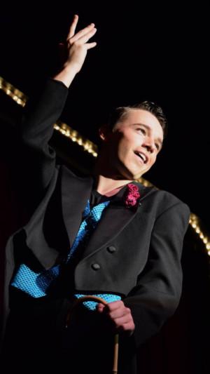 Showbiz Whiz Brings Broadway To Barn
