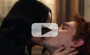 VIDEO: Sneak Peek - 'House of the Devil' Episode of RIVERDALE