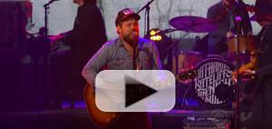 VIDEO: Nathaniel Rateliff & The Night Sweats Perform 'You Worry Me' on THE LATE SHOW