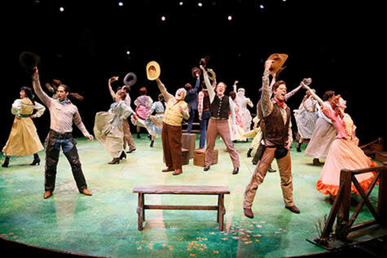 BWW Review: OKLAHOMA! at North Shore Music Theatre