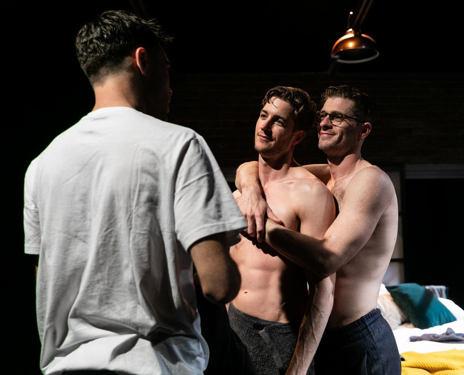 BWW Review: AFTERGLOW, Southwark Playhouse