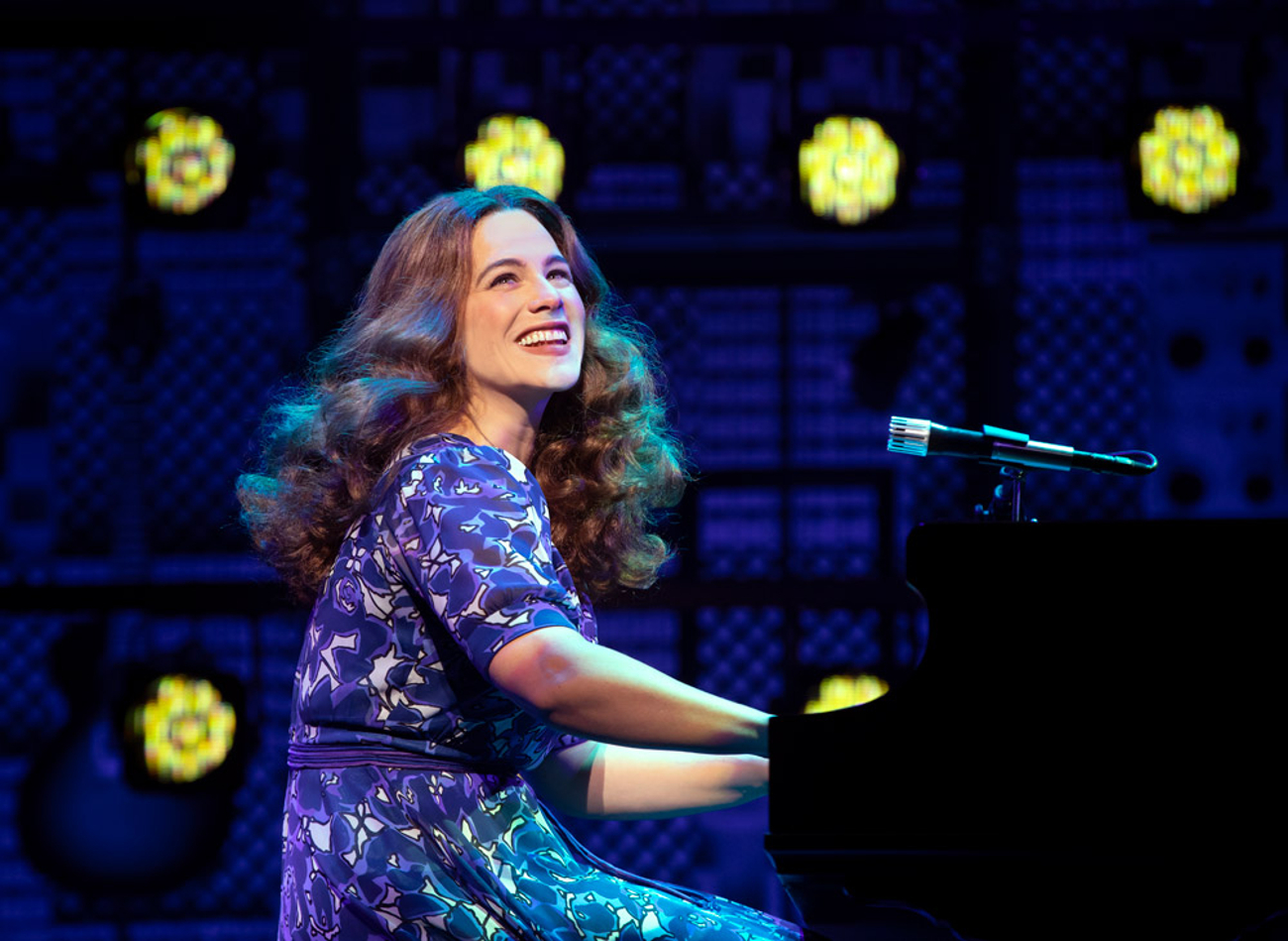 BWW Review: BEAUTIFUL: THE CAROLE KING MUSICAL Will Move the Earth Under Your Feet at AT&T Performing Arts Center