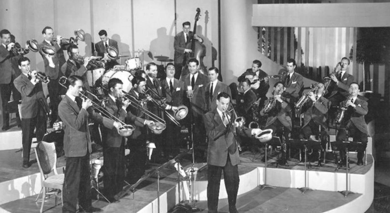 GLEN MILLER ORCHESTRA to Play at Embassy Theater