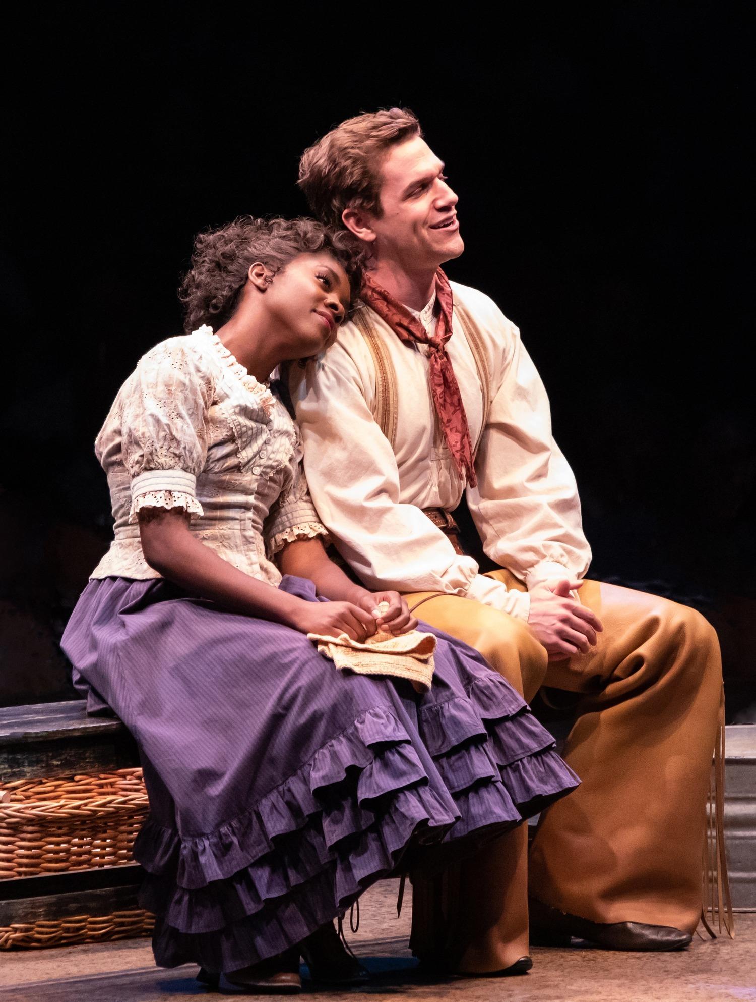 BWW Review: We Cain't Say No to OKLAHOMA! at Broadway At Music Circus