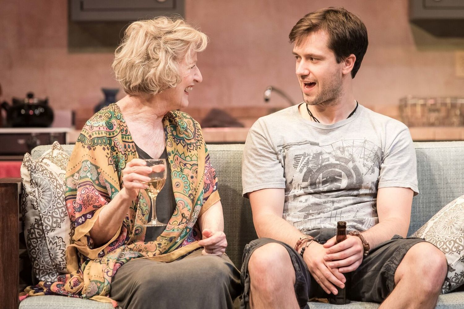 BWW Review: WELCOME TO PARADISE at Purple Rose Theatre Company Is A Heartwarming New Play!