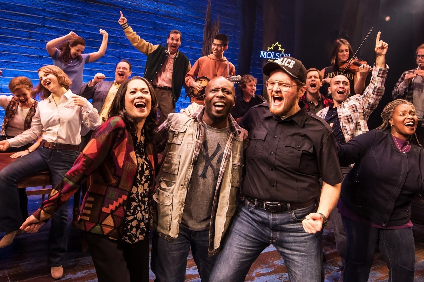 BWW Review: Emotional, Humorous, Heroic COME FROM AWAY At Connor Palace/Playhouse Square