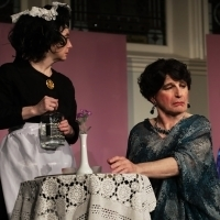 BWW Review: Stage Treasure Everett Quinton is Classically Ridiculous in Charles Ludla Photo