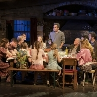 Wake Up With BWW 7/8: INTO THE WOODS at Town Hall, and More!