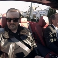 VIDEO: Netflix Shares Clip From New Ricky Gervais Episode of COMEDIANS IN CARS
