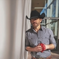 Aaron Watson Releases Album 'Red Bandana'