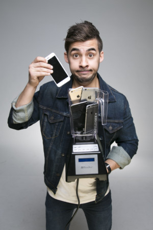 Dom Chambers Brings His Acclaimed Act RanDom To The Melbourne Magic Festival