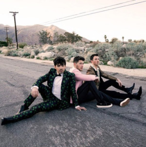 BWW Review: 'Happiness Begins' With The New Jonas Brothers Album