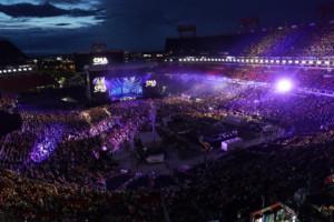 CMA Fest Delivers Epic Surprise Performances And Sold Out Crowds