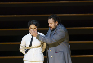 BWW Review: CARMEN, Royal Opera House